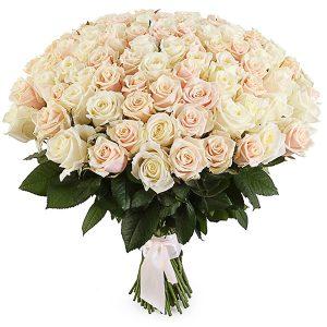 Розы Россия кремовые
